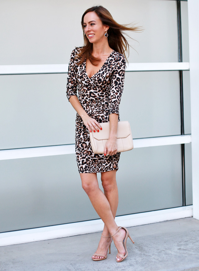 Sydne-Style-how-to-wear-a-leopard-dress-penny-chic-shauna-miller-walmart-curvy-ruched-animal-print-nude-accessories