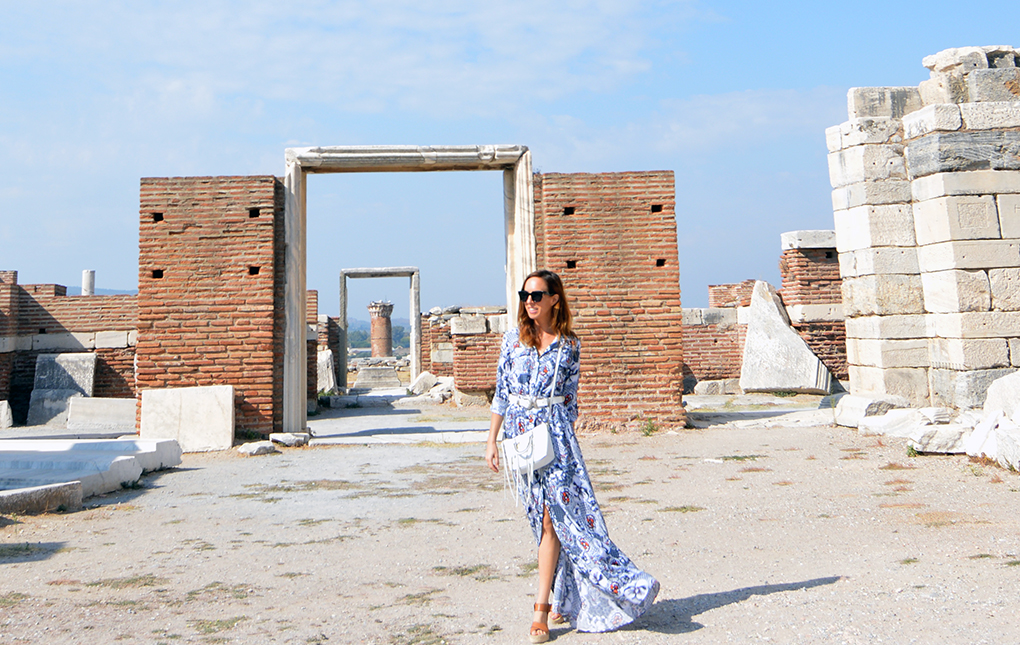 Sydne Style shows what to wear to visit st john basilica in turkey