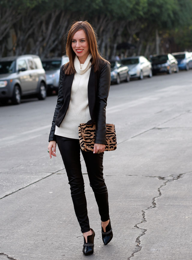 Sydne-Style-how-to-wear-a-leather-suit-cream-turtleneck-leopard-bag-red-lips-winter-fashion-outfit-ideas