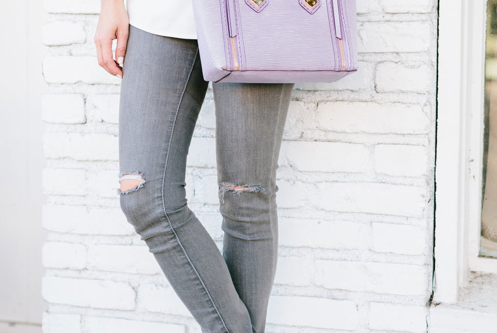 Sydne Style shows what to wear with gray skinny jeans