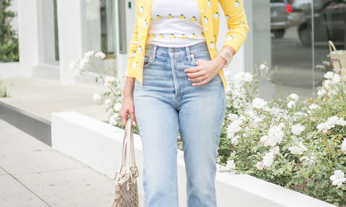 Sydne Style shows how to wear mom jeans in agolde high waist denim