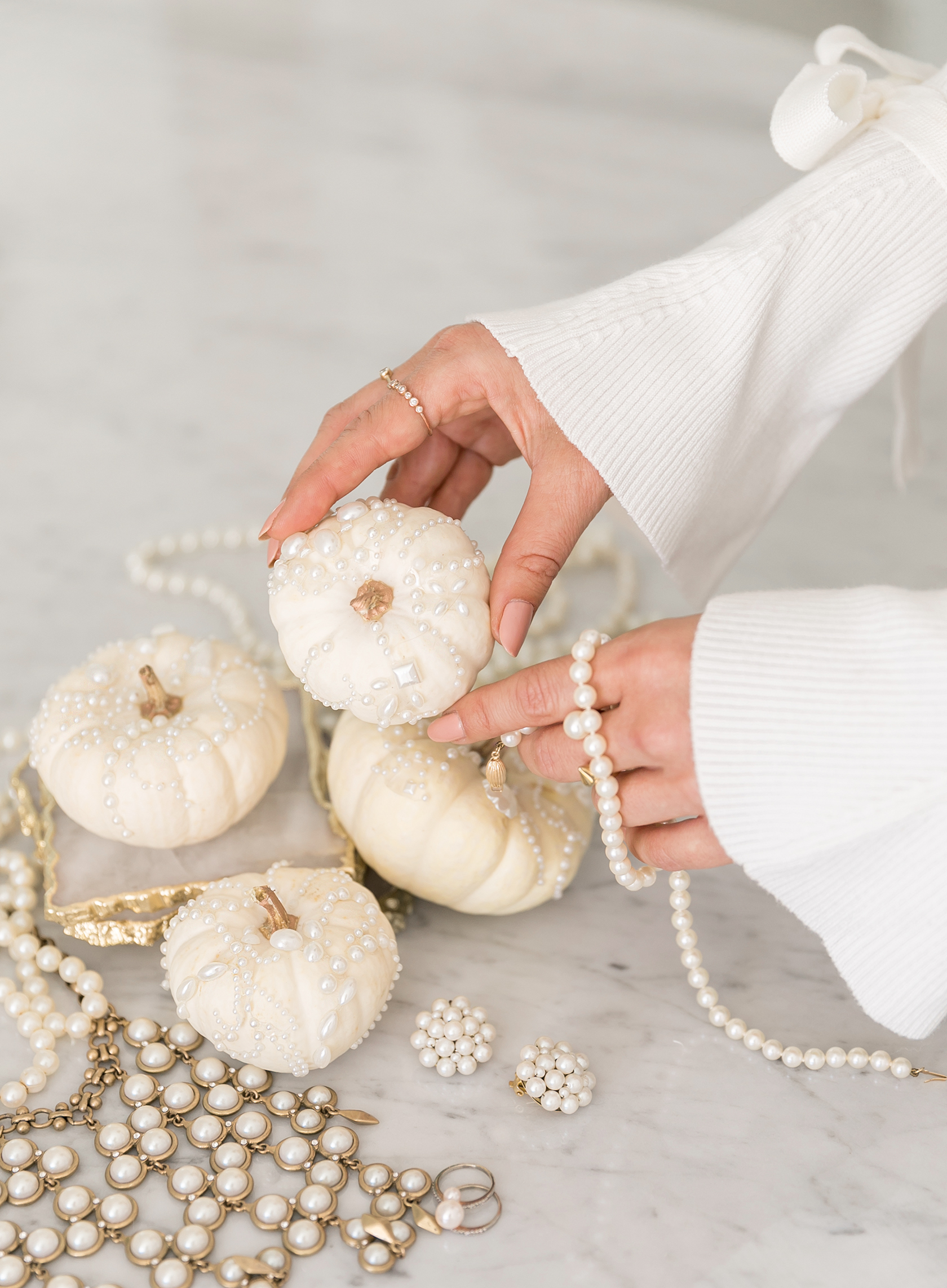 Sydne Style shows diy pearl pumpkins for chic halloween decor