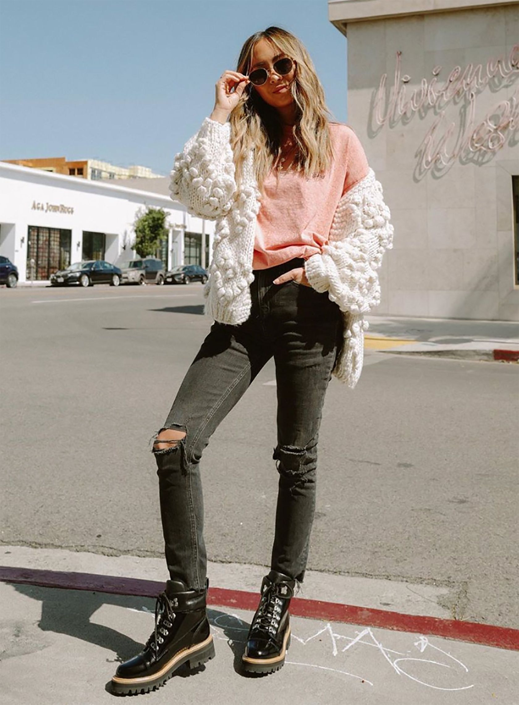 Sydne Stye shows how to wear a cardigan for fall with fashion blogger spread fashion